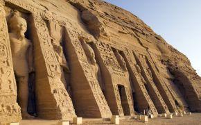 http://admin.playayciudad.com/assets/galeria/egipto_Luces_de_Abu_Simbel_II_9_dias.jpg